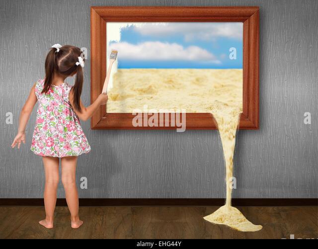 Kleines Mädchen Zeichnung Bild, kreatives Konzept Stockbild