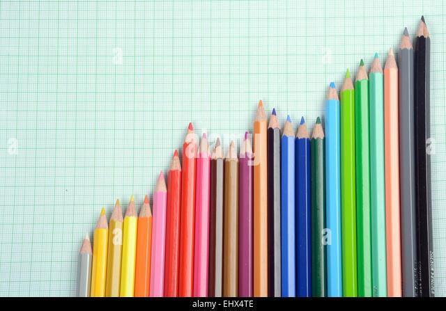 Bleistifte in Form eines Graphen Stockbild