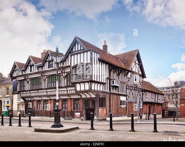 Tudor House Museum, ein 15. Jahrhundert Grade 1 denkmalgeschütztes Gebäude in Southampton, Hampshire, Stockbild