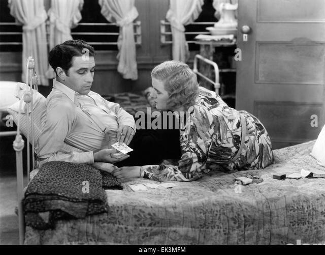 "Donald Cook, Winnie Lightner, am Set des Films ""Diashow"", 1931 Stockbild"