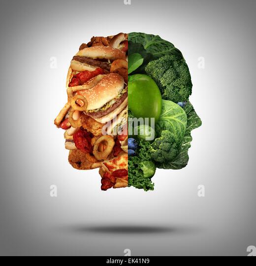 Essen-Konzept und Ernährung Entscheidung Symbol oder Ernährung Wahl Dilemma zwischen gesunden gutes frisches Stockbild