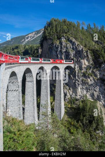 Landwasser-Viadukt, Filisur, Graubünden, Schweizer Alpen, Schweiz, Europa Stockbild