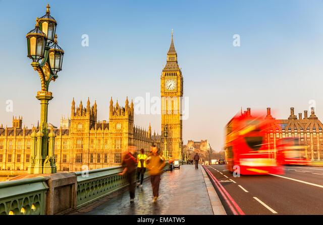 Big Ben und roten Doppeldecker-Bus, London Stockbild