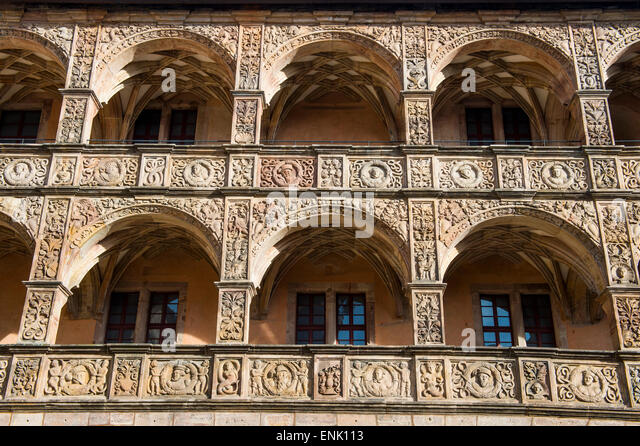 Renaissance-Innenhof der Burg Plassenburg, Kulmbach, Upper Franconia, Bayern, Deutschland, Europa Stockbild