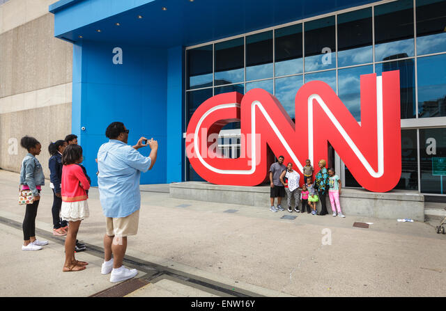 Kodak-Moment für Afro-amerikanische Familie bei CNN Center in Atlanta, Georgia, USA Stockbild