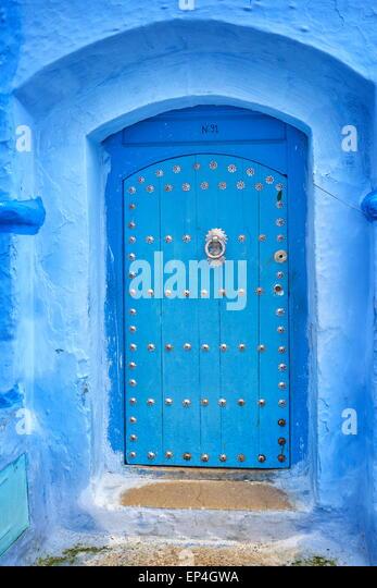 Chefchaouen (Chaouen). Ist bekannt für seine Gebäude in Blautönen. Marokko. Details der Architektur. - Stock-Bilder