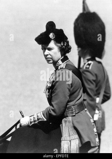 Die Königin nimmt Teil an Trooping die Farbe Zeremonie mit 1st Battalion Scots Guards, Horse Guards Parade Stockbild