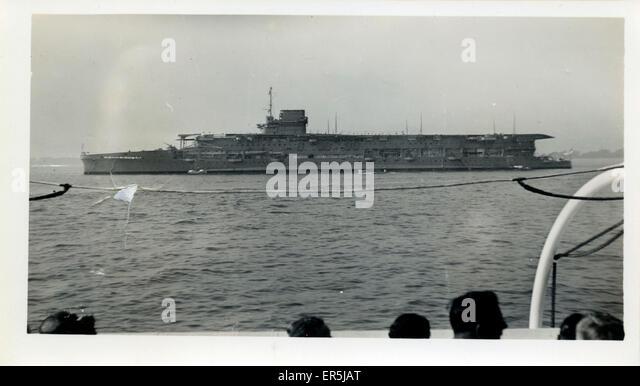 HMS Furious. Nach der Umstellung auf Flugzeugträger der 1940er Jahre Stockbild