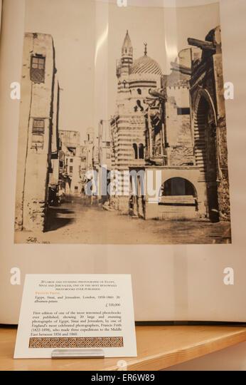 London, UK. 28. Mai 2015. Eines der renommiertesten Fotobücher jemals veröffentlicht auf Verkauf für Stockbild