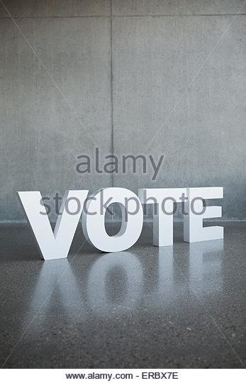 """""""Abstimmung"""" Brief Stockbild"""