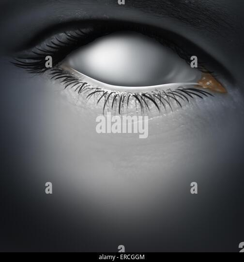 Konzept und verliert Speicher verursacht durch Demenz wie Alzheimer-Krankheit mit einem menschlichen Auge als eine Stockbild