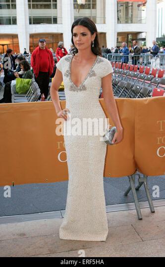 Starkoch Katie Lee besucht die 2012 Metropolitan Opera Saison Premiere Leistung des L'Elisir d ' Amore, Stockbild