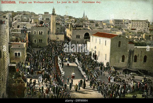 Weihnachten in Bethlehem, späten 1800er Jahren, Anfang 1900. Pilger sehen Prozession um die Kirche der Geburt. Stockbild