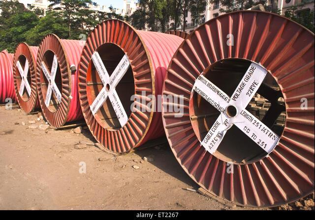 Kabeltrommeln Stromkabel Pune, Maharashtra, Indien Stockbild