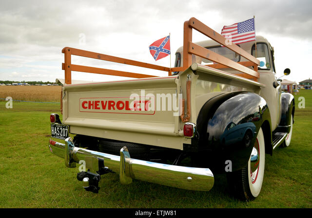 Klassische amerikanische Vorkriegs-Chevrolet truck - Chevy Vintage amerikanische Pick Up Truck USA - Nostalgie-Festival Stockbild