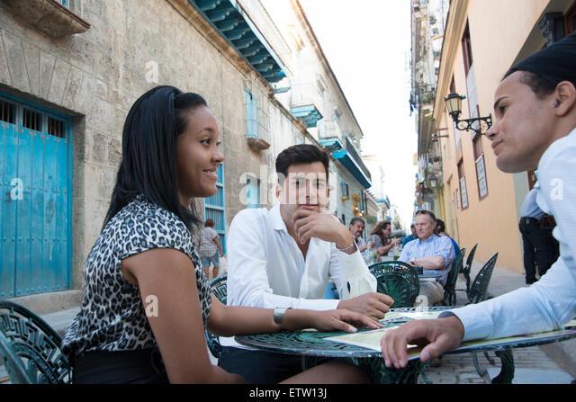 Lateinischen Führungskräfte in einem café Stockbild