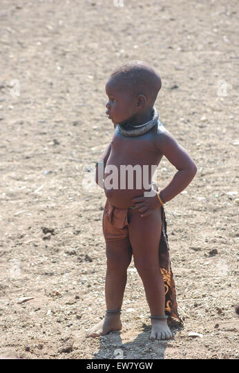 """Kind"" ""Kinder"" Kind"""" ""Kids"" 'Africa' ""Namibia' 'Himba' Stockbild"