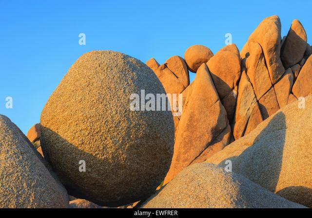 Jumbo Rocks in Joshua Tree Nationalpark, Kalifornien, USA. Stockbild
