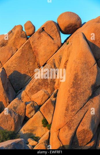 Jumbo Rocks in Joshua Tree Nationalpark, Kalifornien, USA. Stockbild