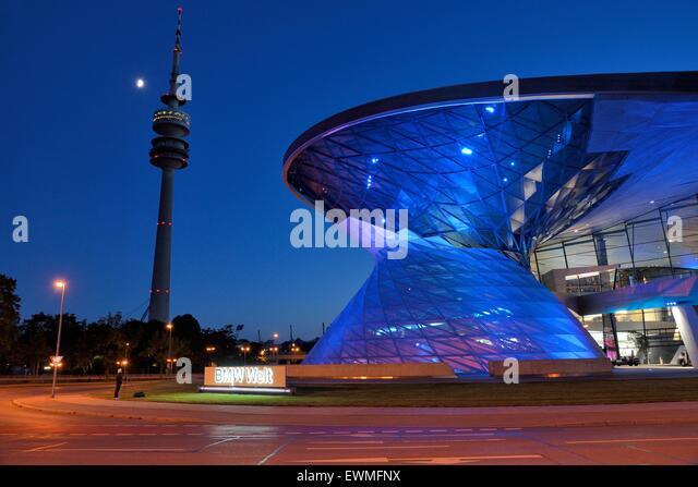 BMW Welt im Abendlicht, München, Bayern, Deutschland Stockbild