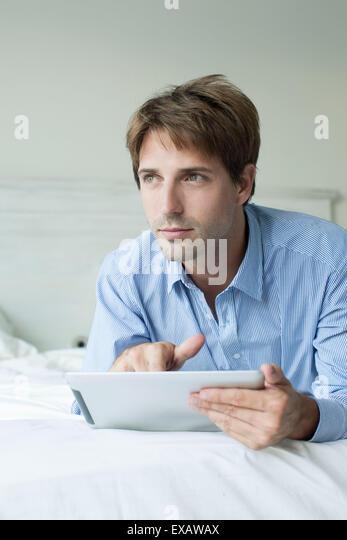 contemplative stockfotos contemplative bilder alamy. Black Bedroom Furniture Sets. Home Design Ideas