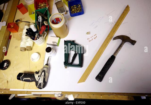 Stillleben mit Werkbank in Bild Einrahmer workshop Stockbild