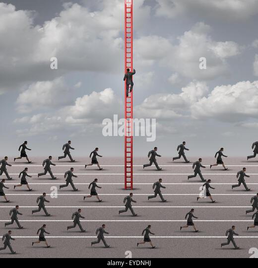 Gegen die Strömung oder Flut Geschäftskonzept als Metapher dafür verschiedene und innovative Lösungen Stockbild