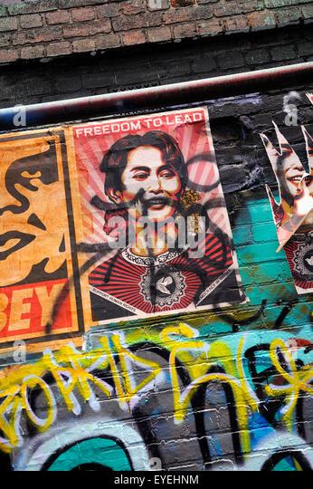Shepard Fairey Plakat des birmanischen Politiker und (damals) politischer Gefangener, Aung San Suu Kyi. Hosier Lane, Stockbild