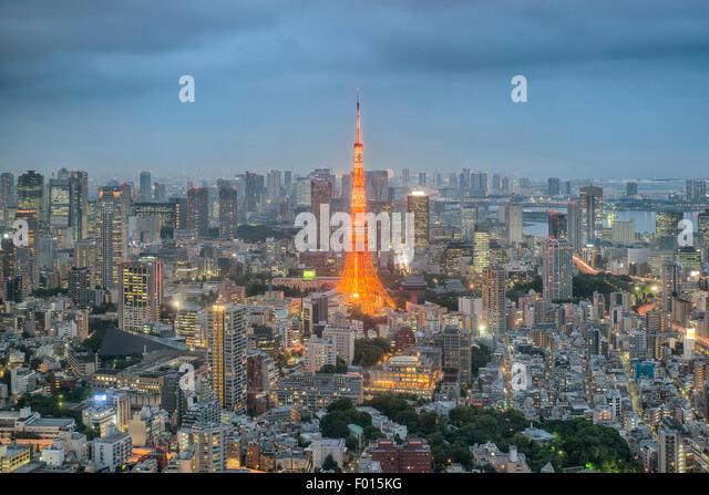 Tokyo Tower bei Nacht in Tokyo City, Japan Stockbild