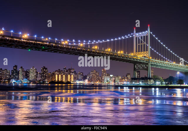 Ed Koch Queensboro Bridge in New York City mit Blick auf Manhattan Stockbild