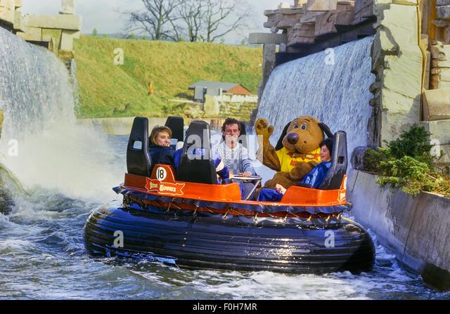Congo River Rapids Wildwasserbahn. Alton Towers Resort. Staffordshire. UK Stockbild