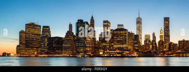 New York City bei Nacht Stockbild