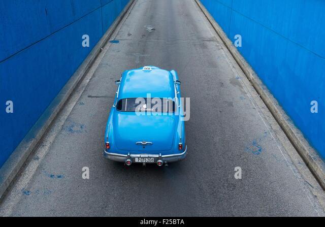 Kuba, Ciudad De La Habana Provinz, La Havanna, amerikanisches Auto Stockbild