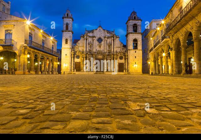 Kuba, Ciudad De La Habana Provinz, La Havanna, La Habana Vieja Bezirk als Welterbe, Domplatz und Catedral De La Stockbild