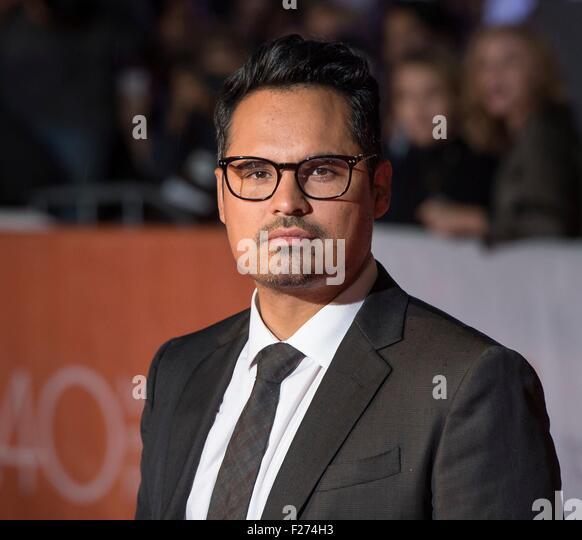 Schauspieler Michael Pena besucht die Weltpremiere für The Martian auf dem Toronto International Film Festival Stockbild