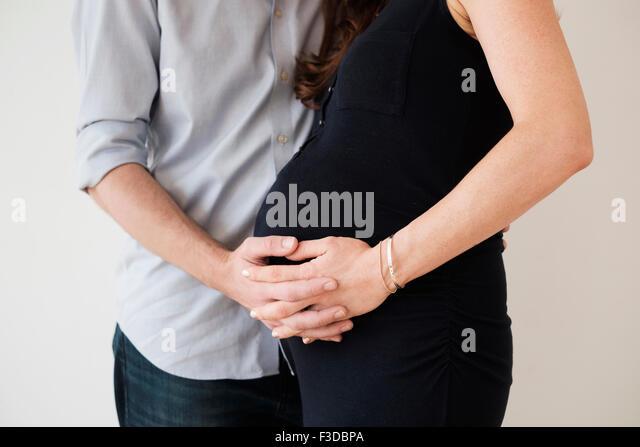 Paar Hände halten Stockbild