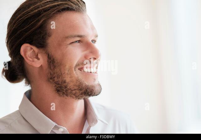 Mid-Adult Mann lachen Stockbild