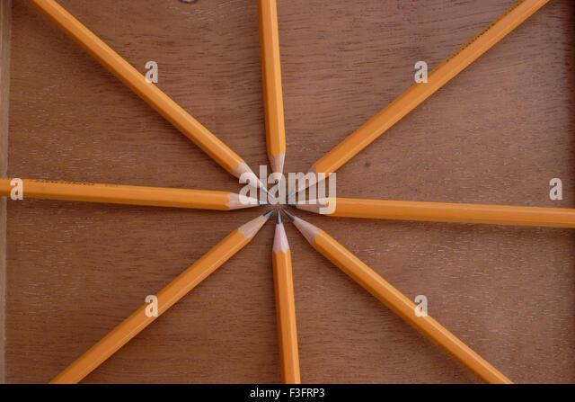 Abstracts; acht Bleistifte Stockbild