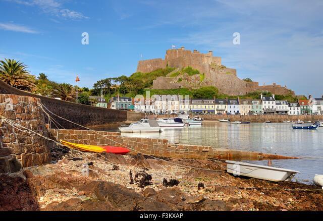 Mont Hochmuts Burg bei Gorey, Jersey, Kanalinseln, Großbritannien Stockbild