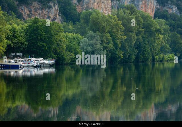 der Fluss Lot im Vers, Quercy, Frankreich Stockbild