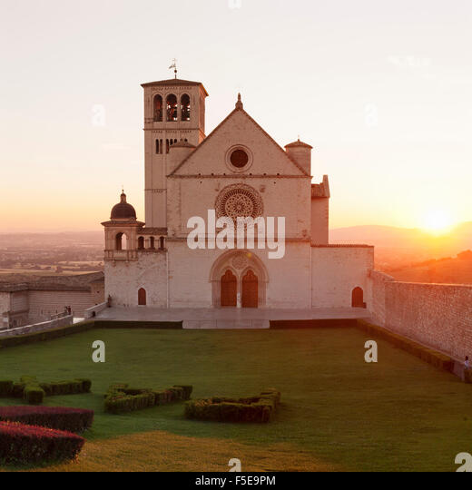 Basilica di San Francesco, UNESCO-Weltkulturerbe, Assisi, Gebiet von Perugia, Umbrien, Italien, Europa Stockbild
