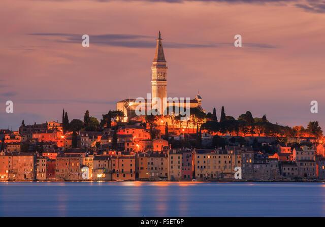 Rovinj ist eine Stadt in Kroatien befindet sich an der nördlichen Adria. Das Hotel liegt an der Westküste Stockbild