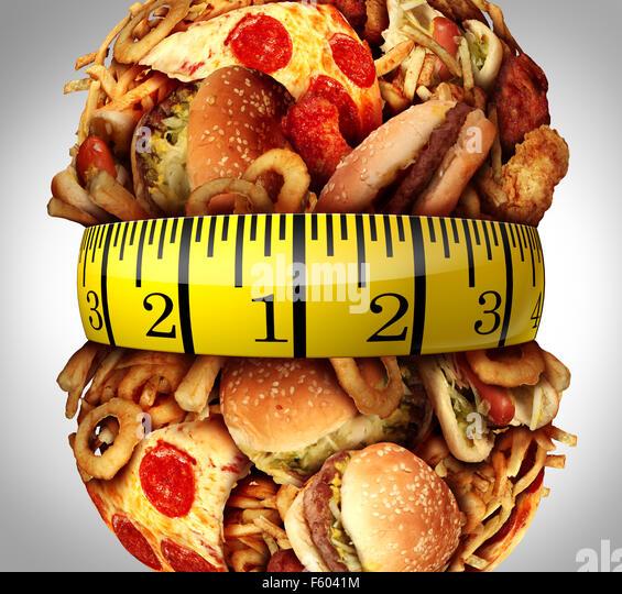 Adipositas-Taille-Diät-Konzept als eine Gruppe von ungesunden Fastfood wie Hamburger, Pommes und Hot Dogs als Stockbild