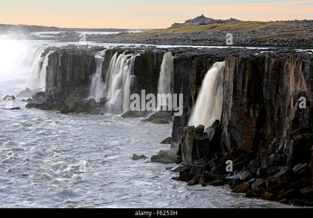 Selfoss Wasserfälle in der Nähe von Reykjahlid, Island Stockbild