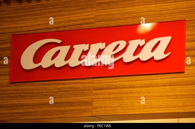 "Markenname: ""Carrera-Bahn"", Berlin. Stockbild"