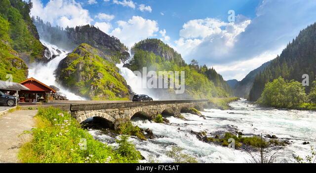 Latefossen Wasserfall, Hordaland, Norwegen Stockbild