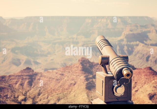 Retro-getönten Teleskop richtete am Grand Canyon, Konzept, USA reisen. Stockbild
