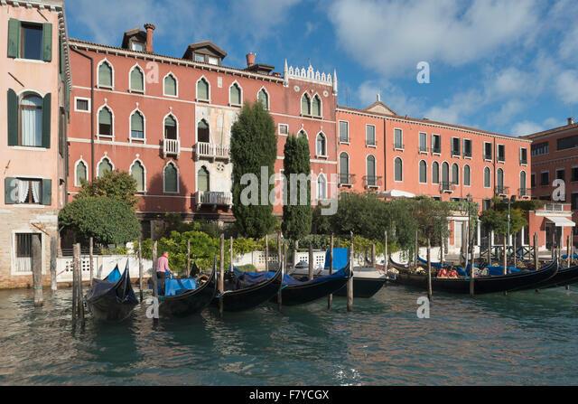 Palazzo Rava, Gothic Revival, 1906, Canal Grande, Bezirk San Polo, Venedig, Veneto, Italien Stockbild