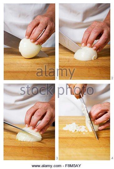 Eine Zwiebel Würfeln Stockbild