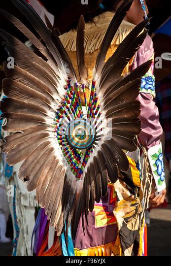 Traditionellen ersten Nationen Tanz Kostüm, 2015 Calgary Stampede, Calgary, Alberta, Kanada. Stockbild
